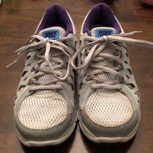 Nike Dual Fusion Run 2's! Women's size 8.5!